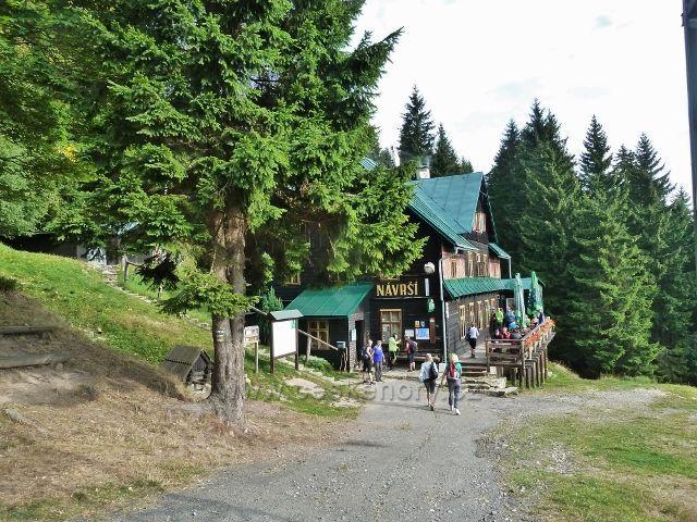 Králický Sněžník - turistická chata Náveší