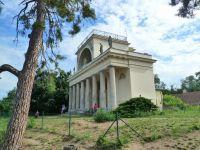 Lednice - chrám Apollo