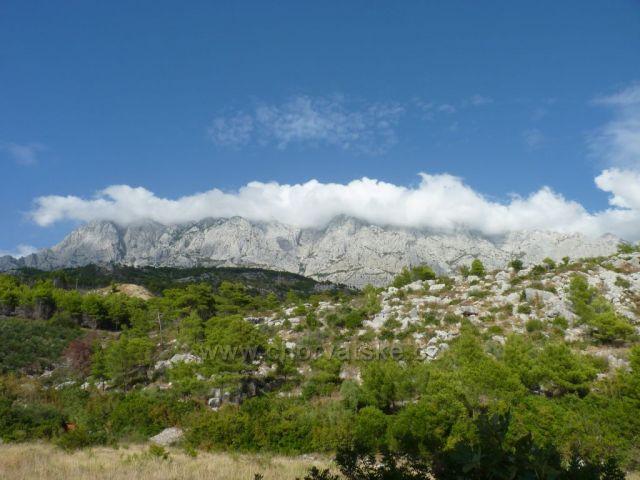 pohoří Bijokovo z pobřeží Makarské
