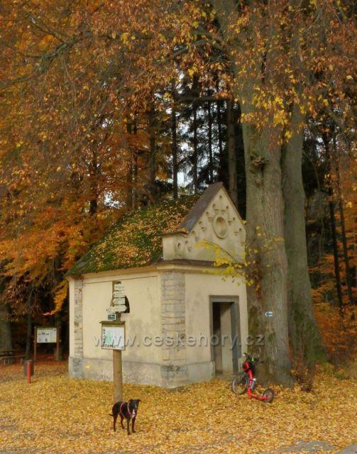 kaplička pod Kozlovským vrchem