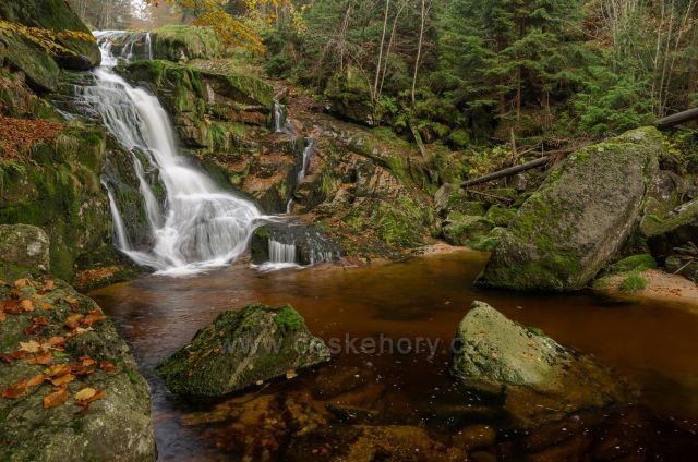 Krásný Polední vodopád celková výška 17m