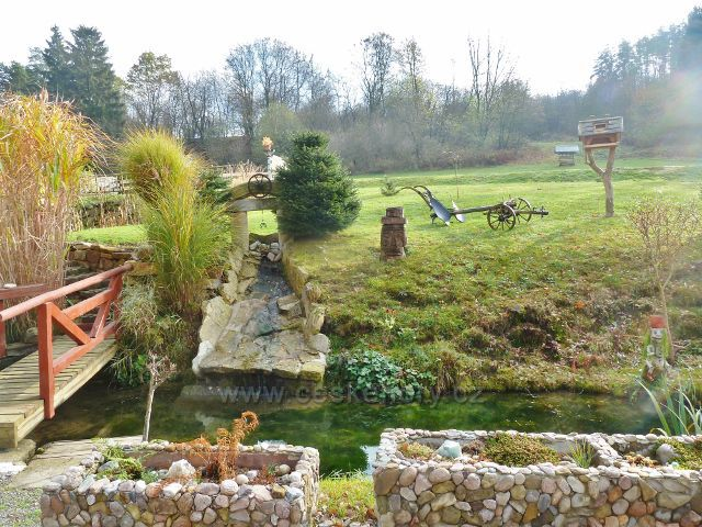 Potštejn - zahrada u chalupy V Dolích