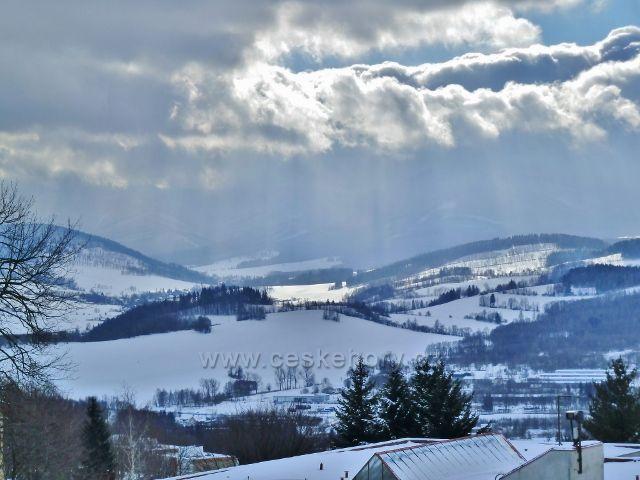 Lázně Jeseník - pohled od sanatoria Priessnitz do údolí říčky Bělé