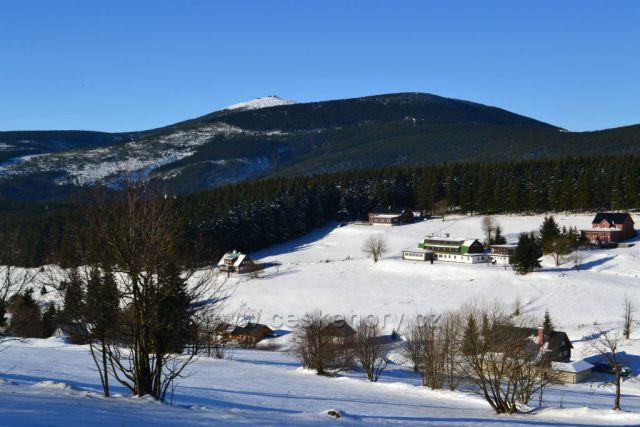 Pohled na Sněžku od Pomezních bud