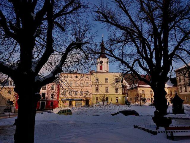 Králíky-Velké náměstí-muzeum, dříve klasicistní radnice z let 1795-96