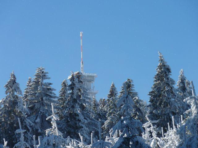 Klínovec pod čerstvou sněhovou pokrývkou