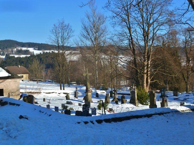 Říčky v O.h. - hřbitov u kostela Nejsvětější Trojice