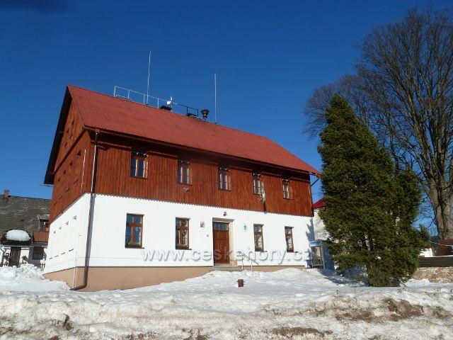 Říčky v O.h. - zrekonstruovaná budova Obecního úřadu