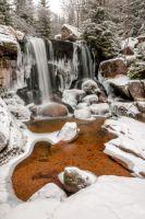 Vodopády Jedlová v ledovém sevření.
