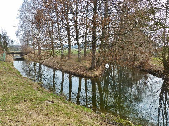 Čestice - soutok Olešnického potoka s náhonem Alba