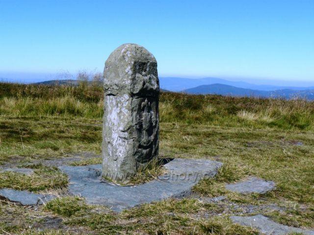 Hraniční kámen na Vysoké holi