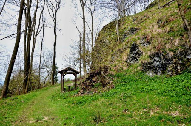 Střední vrch-útulna