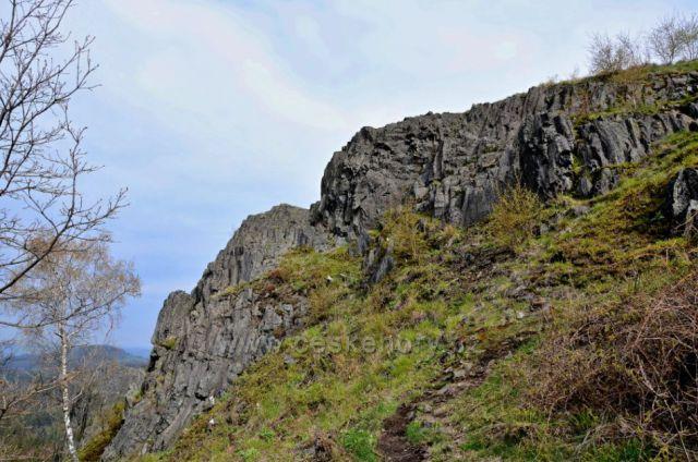 Střední vrch 593 m