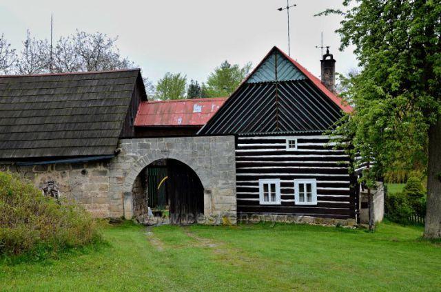 Kopicův statek-lidová stavba z r.1787