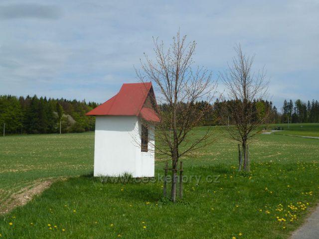 Kaplička u silničky z Kunačic do Kunvaldu