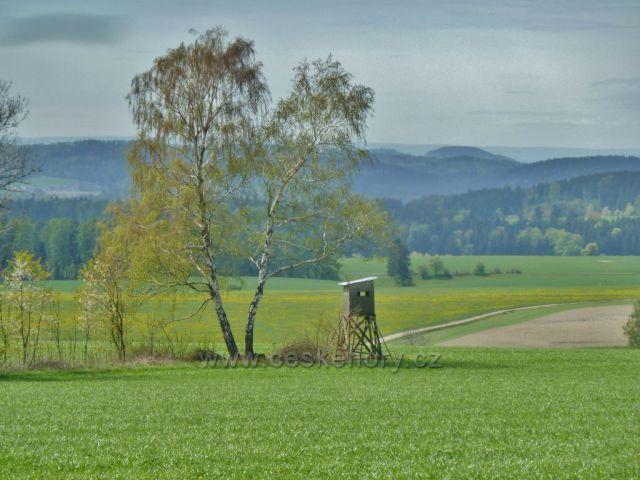 Kunvald - posed pod silničkou do Kunačic