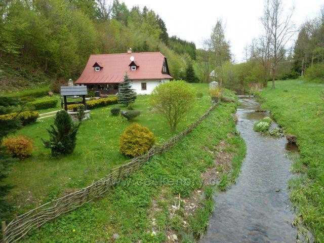 Kunvald - téměř celým městysem protéká Horský potok