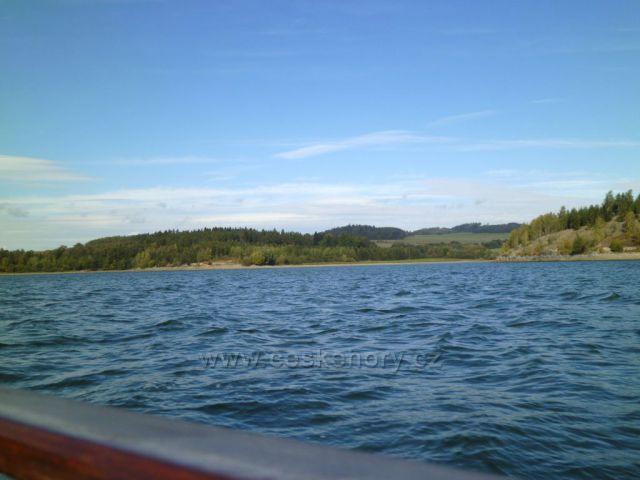 Výlet na člunu, Harta