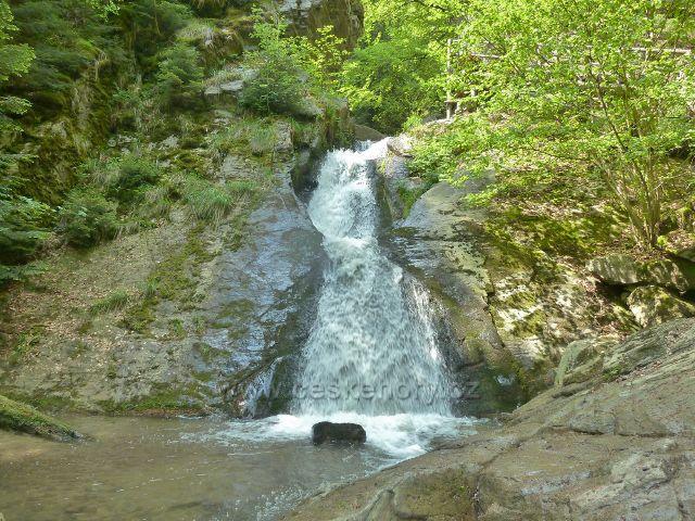 Rešov . velký vodopád na Huntavě