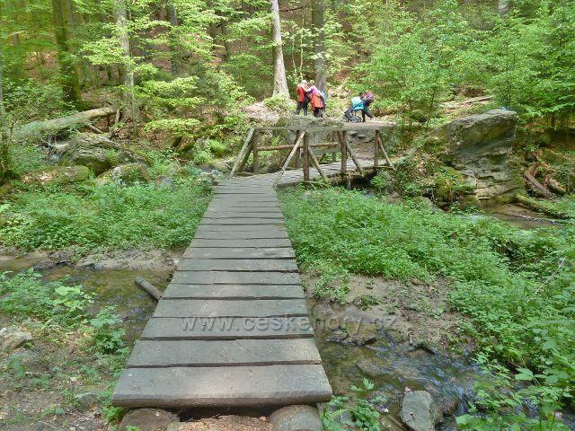 Rešovské vodopády - trasa po červené TZ v horní části rezervace