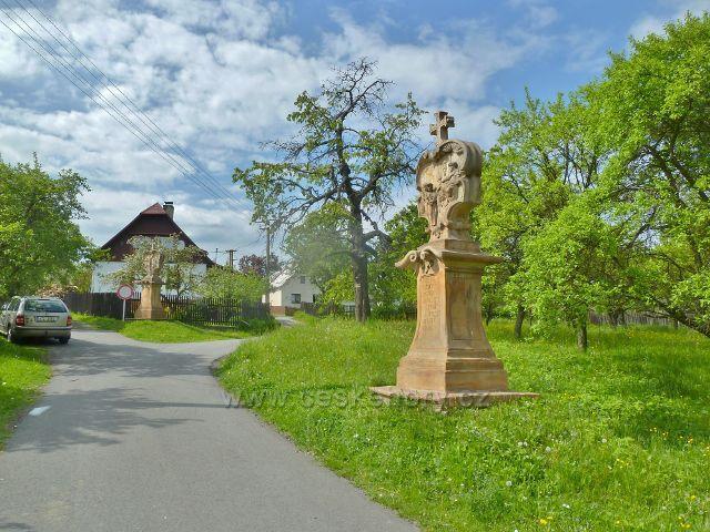 Ruda - první zastavení křížové cesty na Křížový vrch