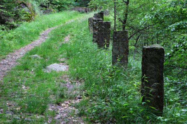 Stará cesta na Velkém Štolpichu...Štolpišská silnice
