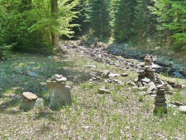 Přítok Jeleního potoku do třetího poldru
