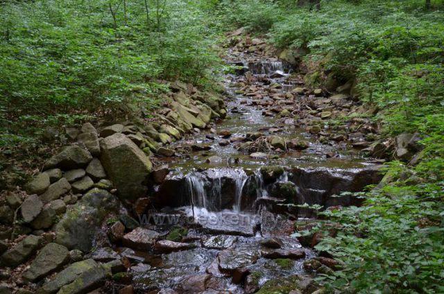 Nerudův potok
