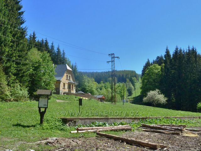 Hájovna Banjaluka a bývalé překladiště dřeva na zaniklé lesní železnici