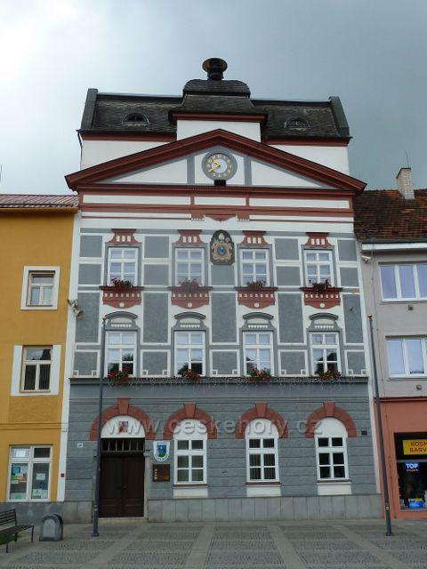 Zlaté Hory - budova radnice