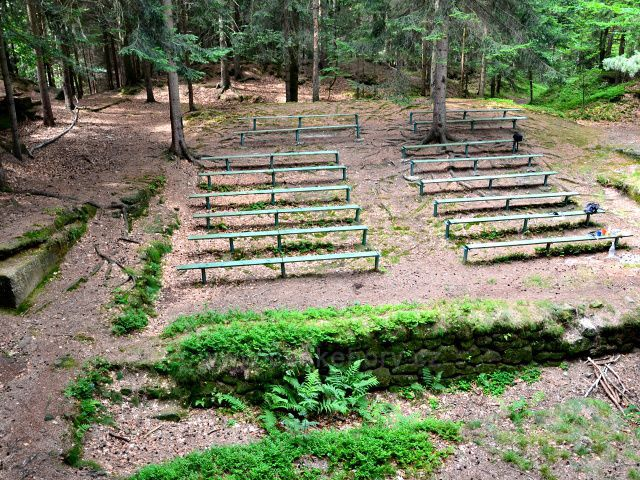 Lesní divadlo Na Bajtlichu