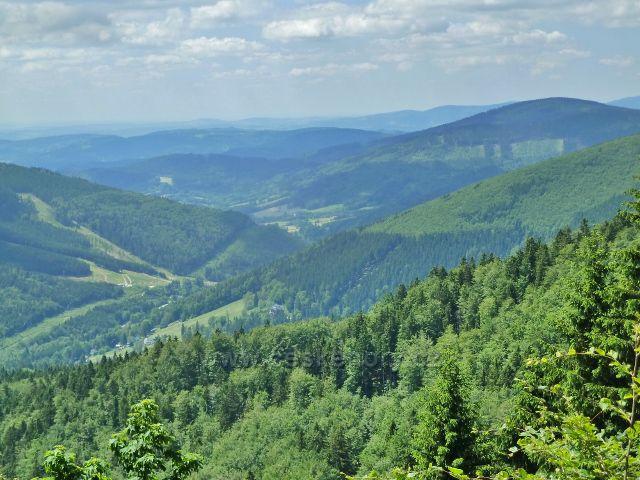Pohled do údolí Desné