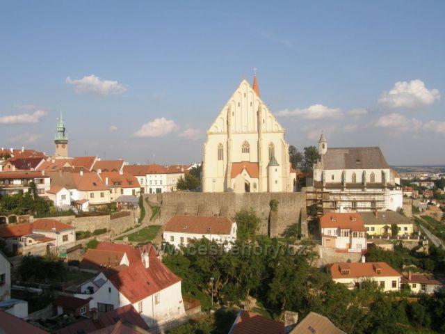 pohled na staré město ze znojemského hradu-Znojmo