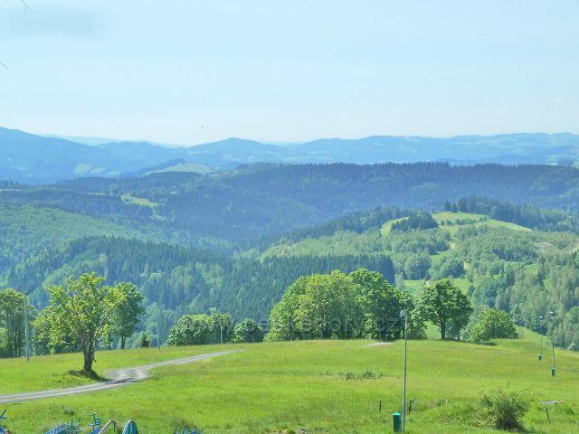 Paprsek - pohled k Hanušovické vrchovině