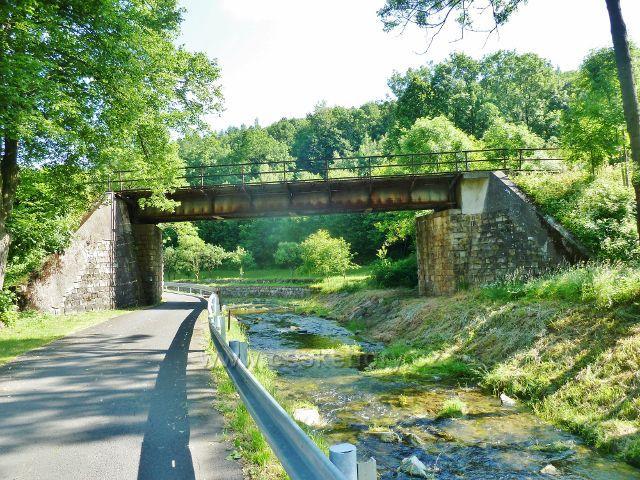 Vápenná - železniční most přes Vidnávku