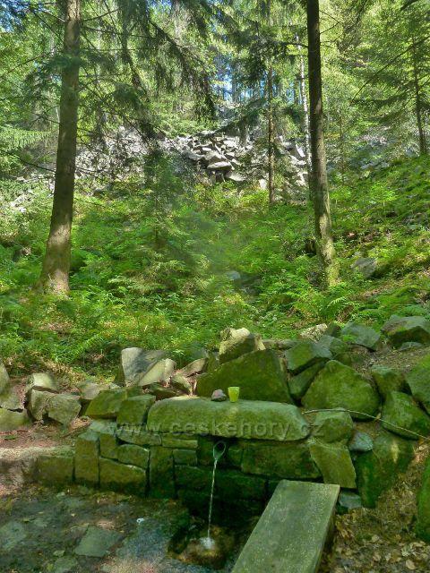 Vápenná -studánka Brankopy na Žulovém vrchu