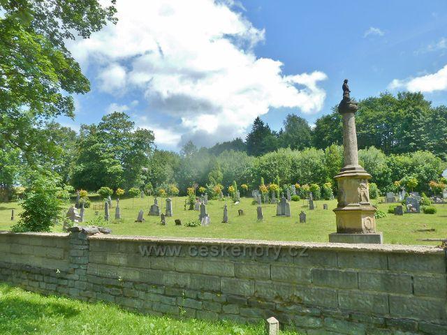 Branná - část starého hřbitova