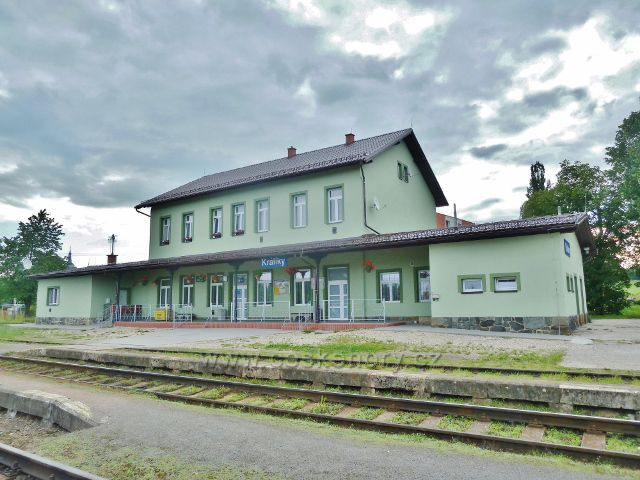Králíky - nově opravená budova nádraží ČD