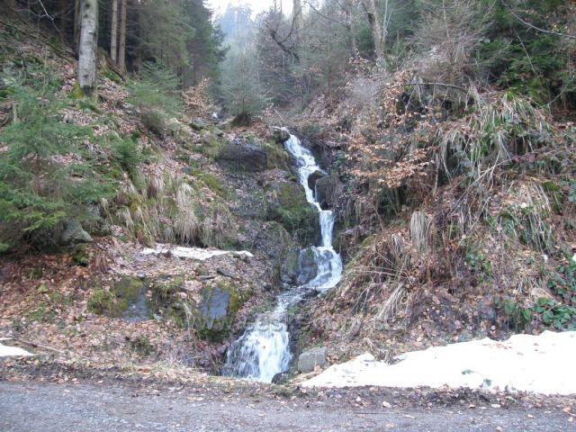 Pekelský vodopád za Náchodem