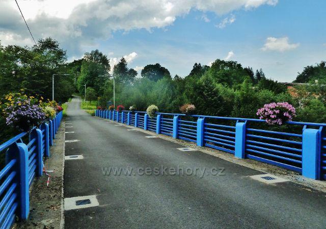 Hrádek ve Slezsku - most přes Olši před nádražím ČD