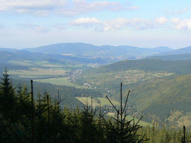 Údolí mezi Hrubým Jeseníkem, Zlatohorskou vrchovinou a Rychlebskými horami