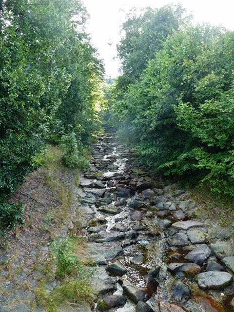 Regulovaný potok Mazák před svým vtokem do řeky  Ostravice