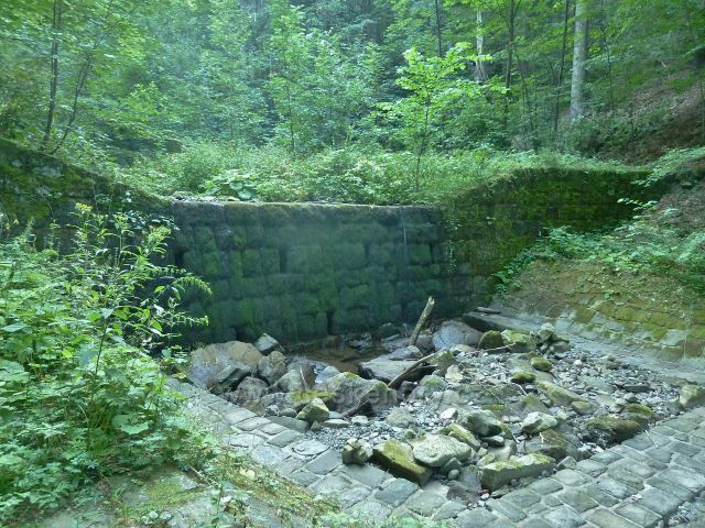 Poldr na potoku Mazák