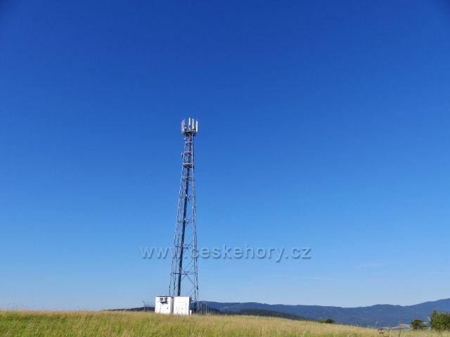 Písařov - telekomunikační věž na Hřebínku (725 m.n.m.)