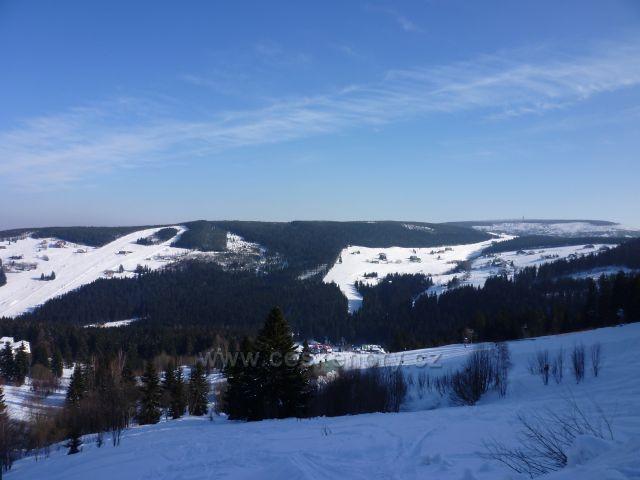 Černá hora a sjezdovky Javor, Zahrádky v Peci pod Sněžkou