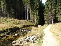 Protržená přehrada na Desné