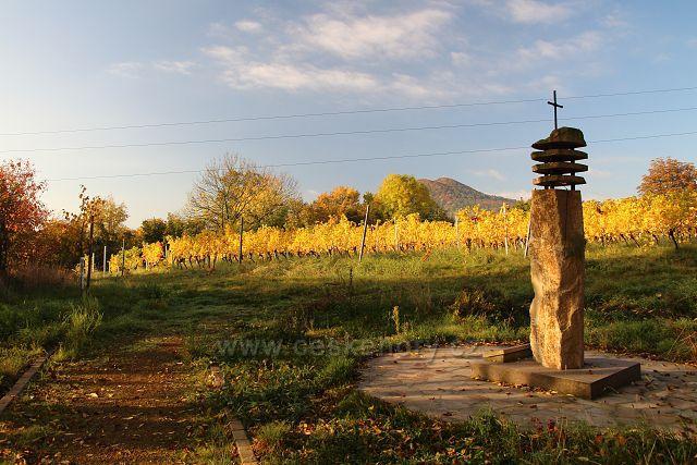 Zvonička nad Malými Žernosekami