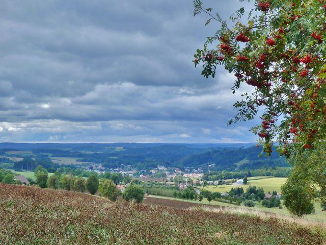 Pohled z Jamného nad Orlicí na Jablonné nad Orlicí