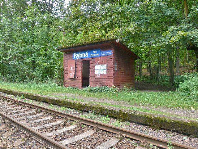 Rybná nad Zdobnicí - železniční zastávka Rybná nad Zdobnicí na trati z Doudleb n.O. do Rokytnice v Orlických horách