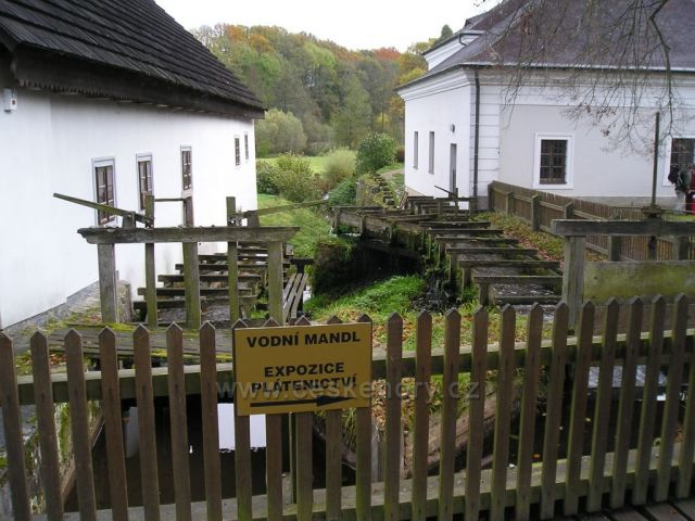 Mandl mlýna v Babiččině údolí